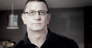 Robert Irvine interview (Amelia Levin) ; FCSI - Americas - Issue